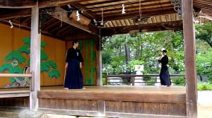 杖道演武 河内先生(明石)、島田剣士